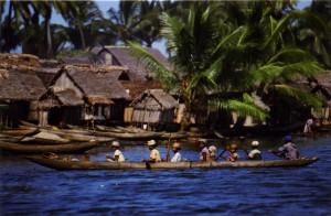 sur le canal des Pangalanes