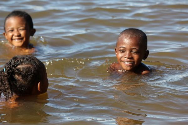 se baigner dans les Pangalanes